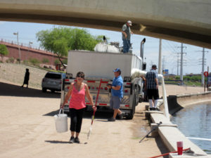 PK Gills delivers 1.2 million fish to the Tempe Town Lake
